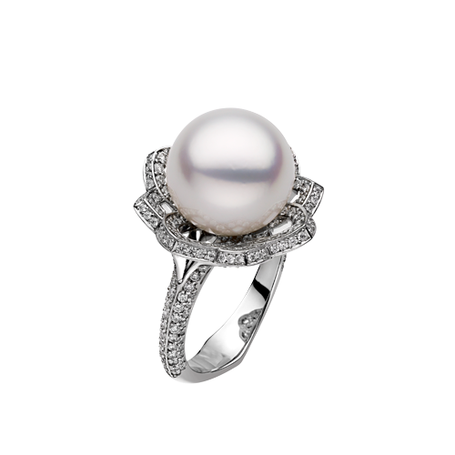 Arabesque South Sea Pearl Ring in Platinum