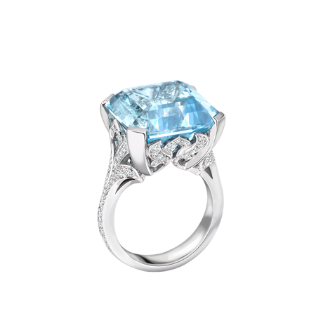 A Rare event ring With Aquamarine