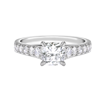Cushion cut diamond with pavé set shoulders